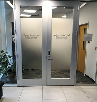 Business Advising entrance